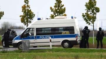 Двама загинали и двама ранени при стрелба в германския град Хале