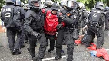 Протести и блокади белязаха началото на срещата на Г-20
