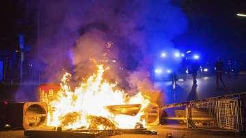 Отново сблъсъци между протестиращи и полицията в Хамбург