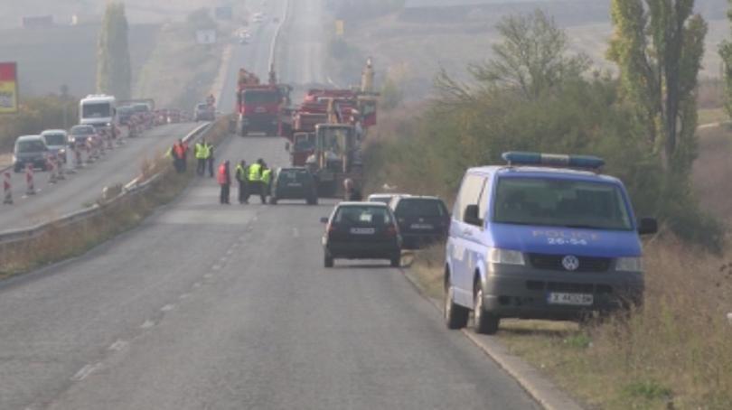 Шофьор блъсна 62-годишен мъж, който по-късно е починал в линейка