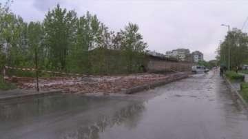Мъж е загинал при рухването на стена на военно поделение в Хасково