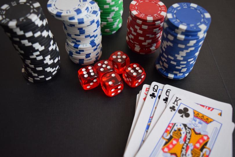Албания забрани казината и пунктовете за спортни залагания в жилищните райони