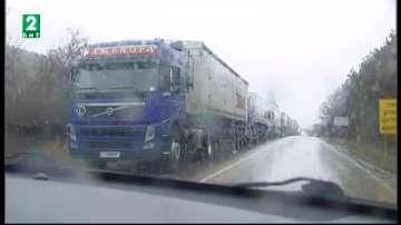 Във Варна обявиха спешен телефонен номер заради лошото време - 052 820 112