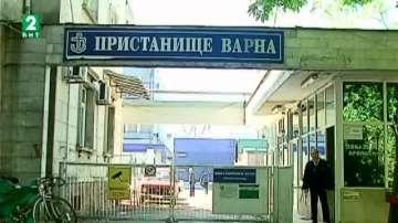 Митничарите във Варна задържаха стоки менте