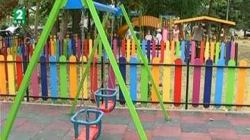 Гаранцията не покрива щетите от вандализъм по новите детски площадки във Варна