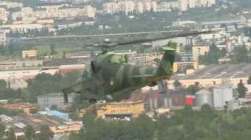 Военната авиация отново в небето над София