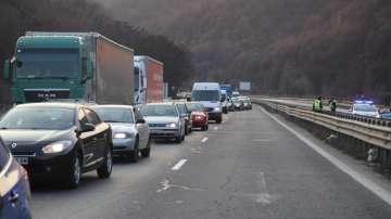 Километрична блокада на Хемус, тунел Витиня е затворен