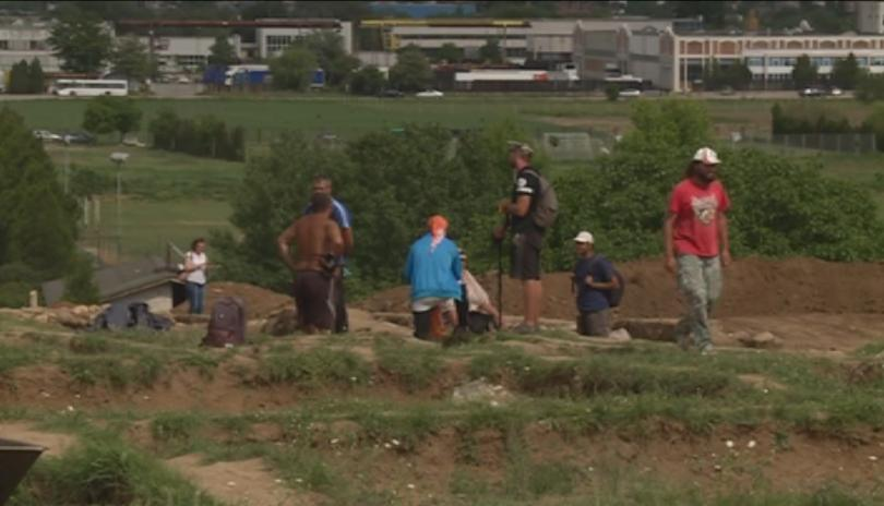 Министърът на културата Боил Банов посети археологическите разкопки при античния