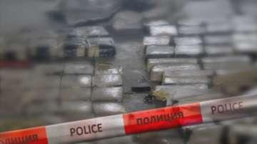 Задържаха хероин за 55 млн. лв. в района на Бургас