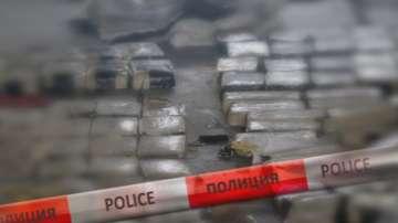 Задържани са 52 кг хероин на граничния пункт Лесово