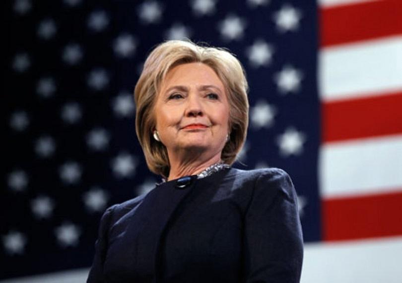 Какъв е проблемът с имейлите на Хилари Клинтън?