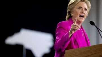 ФБР разследва фалшиви компромати срещу Хилари Клинтън