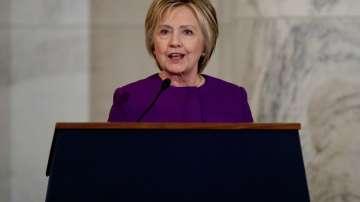 Хилари Клинтън призова за борба срещу явлението фалшиви новини