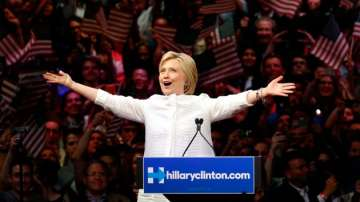 Хилари Клинтън пише история