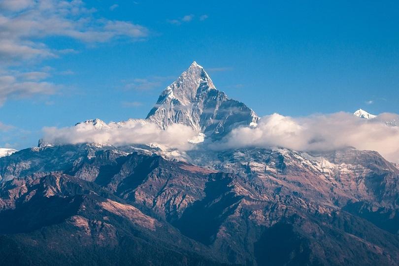 Индийски въздушни пилоти са забелязали пет тела в Хималаите, докато