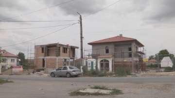 Осем от разрушените къщи в Хитрино вече се строят