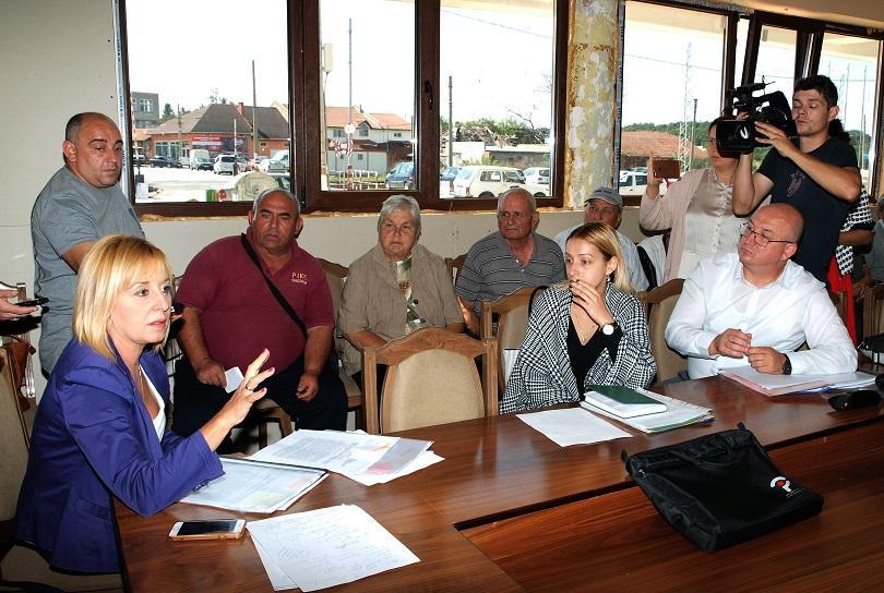 Омбудсманът Мая Манолова дава на съд кмета на Хитрино