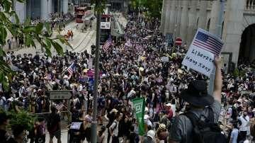 Протест пред американското консулство в Хонконг