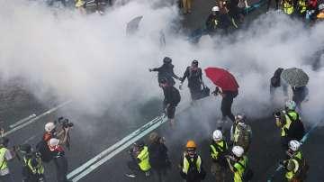 Нови сблъсъци в Хонконг