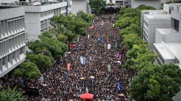 Лидерът на Хонконг Кари Лам няма да подава оставка