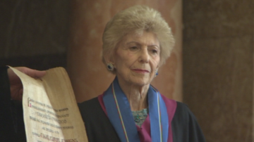 Френската писателка Елен Карер Данкос стана Доктор Хонорис Кауза на СУ