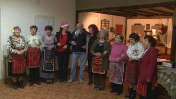 Англичани и българи заедно празнуват Коледа в село Хотница