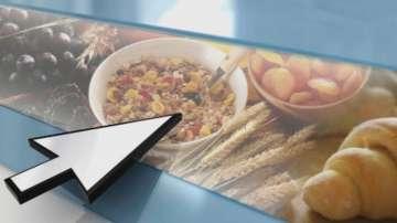 Родители избират онлайн храната на децата си в ученическите столове в Бургас