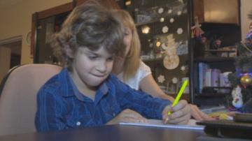 """""""Българската Коледа"""" в помощ на 7-годишния Христо с Детска церебрална парализа"""