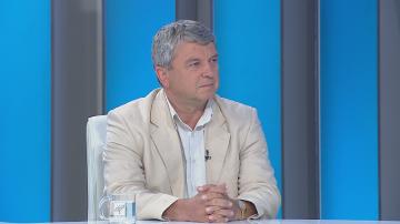 Доц. Христо Михайлов: Построяването на ограда по границата буди само умиление