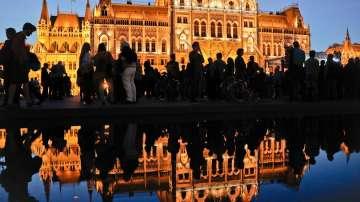 От специалния ни пратеник: Референдумът в Унгария започна