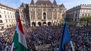 Хиляди унгарци протестираха срещу избора на Виктор Орбан