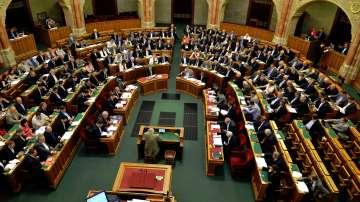 В Унгария приеха закон за контрол върху неправителствените организации