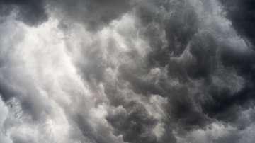 """Ураганът """"Джулиет"""" в Тихия океан достигна 3-та степен"""