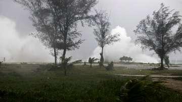 Над 30 жертви на урагана Мария в Карибите
