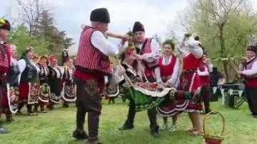 Пролетен празник на хармонията и красотата От Цветница до Гергьовден