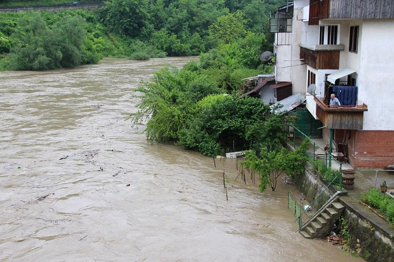 Нивото на Янтра се повиши с 3 метра