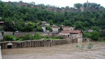 Покачва се нивото на река Янтра