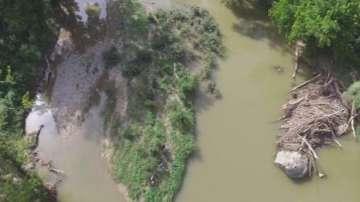 Откриха тялото на едното от децата, изчезнали в река Янтра