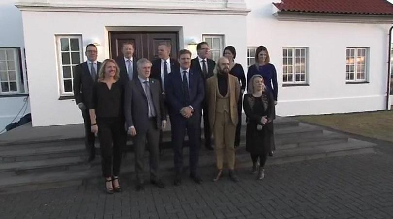 снимка 1 Новото исландско правителство встъпи в длъжност