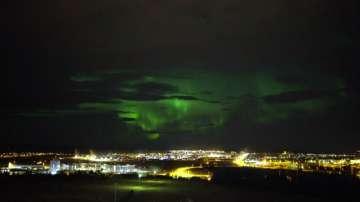 Загадъчната красота на северното сияние в Исландия (ВИДЕО)