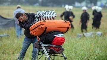 Не се налага намеса на полицията при изселването на бежанци от Идомени