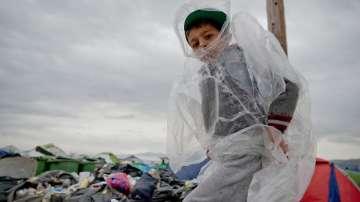 Силна буря в лагера Идомени