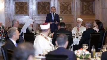 Президентът дава вечеря за свещения месец Рамазан
