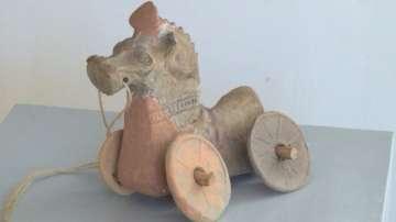 С какви играчки са си играли децата преди 2000 години?
