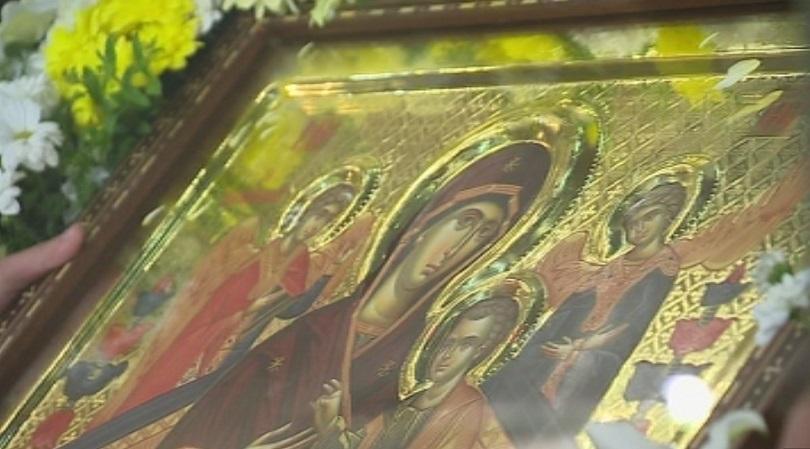 снимка 2 Чудотворна икона от Света гора пристигна в София на Велика събота