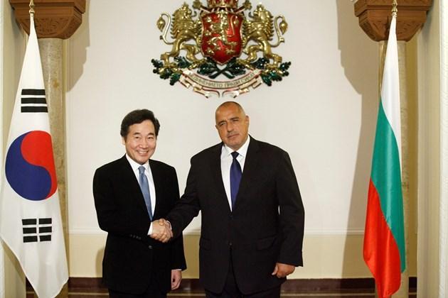 Премиерът Бойко Борисов прие колегата си от Южна Корея Ли Нак-йон пре 2017 г. в София