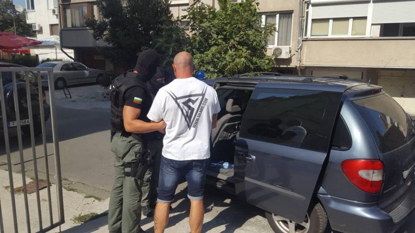 снимка 13 ГДБОП разби организирана престъпна група за наркотици в Бургаско