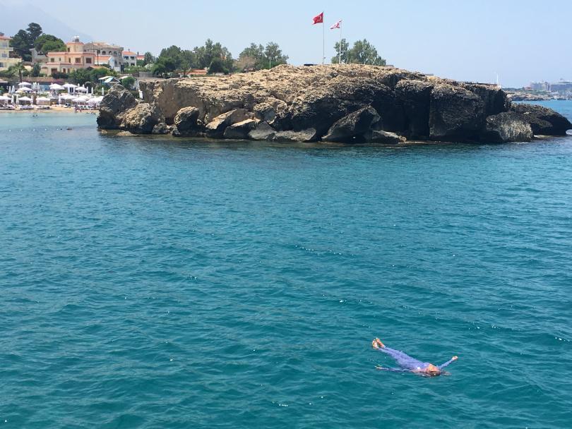 снимка 3 Северен Кипър - средиземноморски бриз край стария фронт