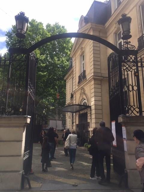снимка 7 От наши зрители: Изборният процес в Париж протича нормално