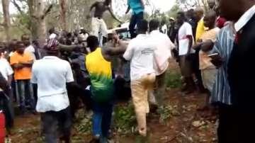 Най-малко 20 ученици загинаха при буря в Гана
